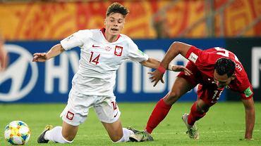 Nicola Zalewski w meczu reprezentacji Polski U20 z Tahiti