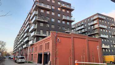 Nowe budynki na Kępie Mieszczańskiej