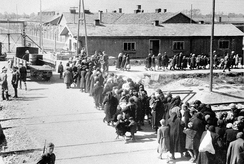 Auschwitz, rok 1944
