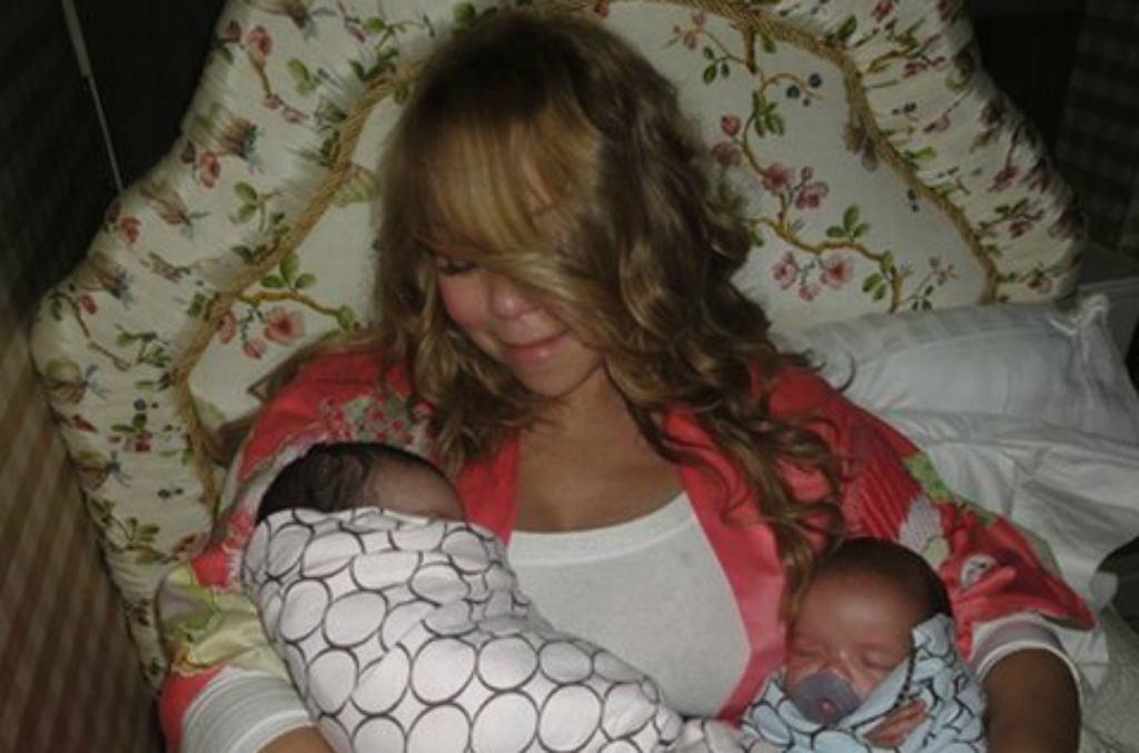 Mariah Carey z dziećmi w 2011 roku
