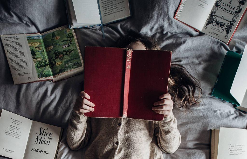 Książki dla dzieci, które bawią, uczą i rozbudzają wyobraźnię.