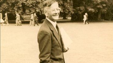 Antoni Zygmund (1900-1992), polski matematyk pracujący w Chicago. Zdjęcie zrobione w 1958 r., prawdopodobnie w czasie odbywającego się w Edynburgu Międzynarodowego Kongresu Matematyków