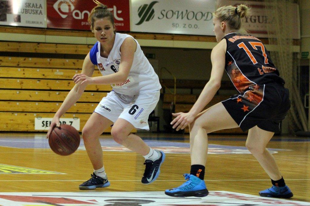 Koszykarskie półfinały MP U-22: AZS PWSZ Gorzów - UKS Basket Aleksandrów Łódzki 84:40