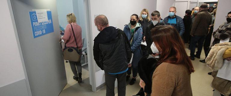 Koronawirus. Rada Medyczna wskazała jak przyspieszyć szczepienia w Polsce