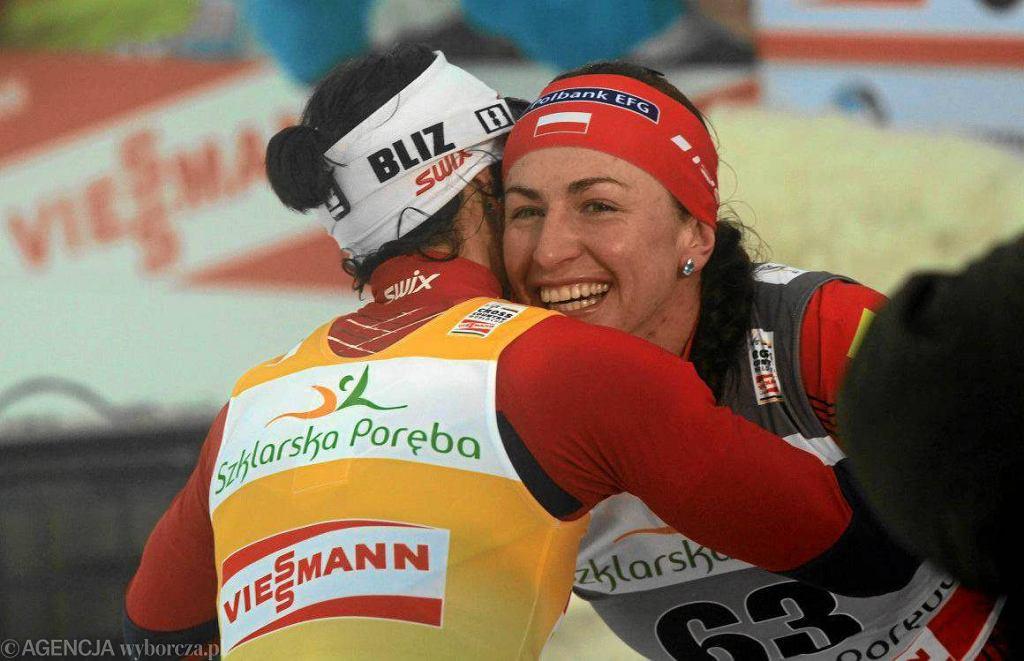 Marit Bjoergen i Justyna Kowalczyk podczas Pucharu Świata w Jakuszycach w 2012 roku