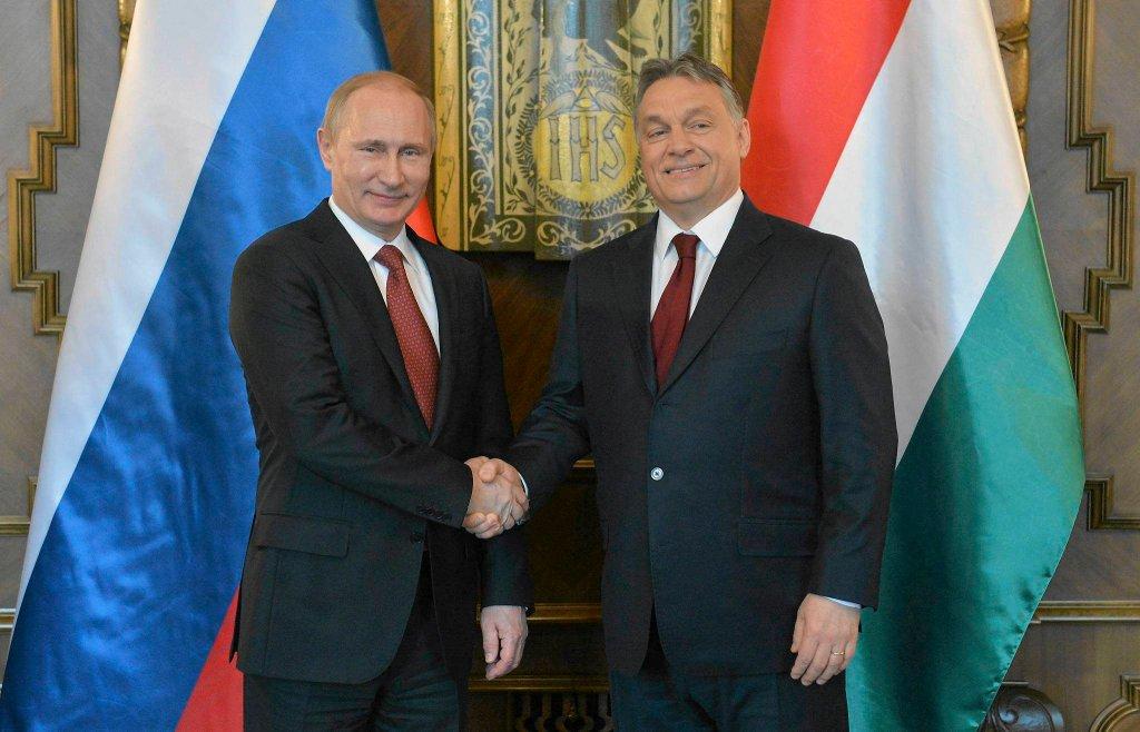 Moskwa i Budapeszt w ostatnich latach coraz ściślej współpracują w sprawach energetycznych. Na zdjęciu Władimir Putin i Victor Orbán