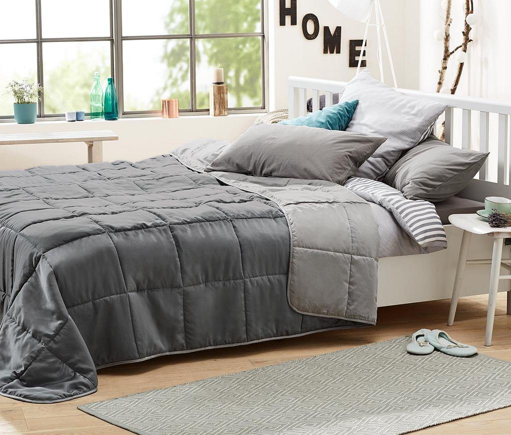 Narzuta na łóżko w szarościach