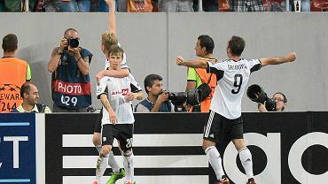 Legia zremisowała w Bukareszcie ze Steauą 1:1. Bramkę zdobył Jakub Kosecki