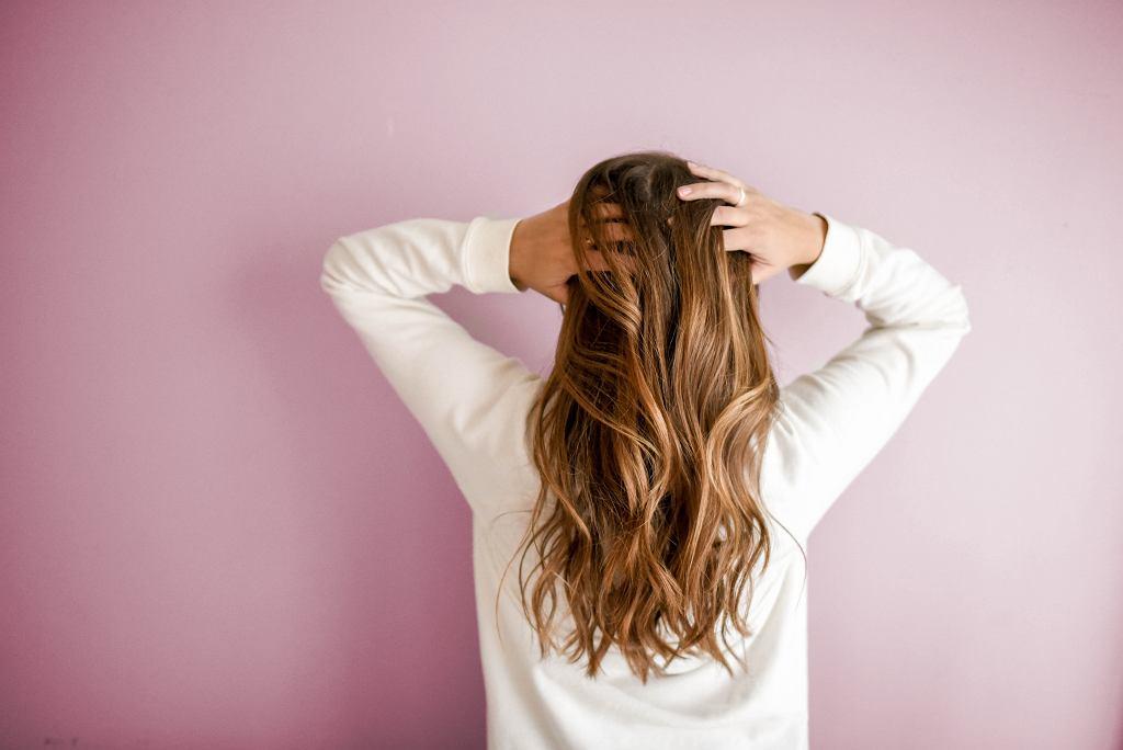 Olejowanie włosów to świetna alternatywa dla tradycyjnych masek
