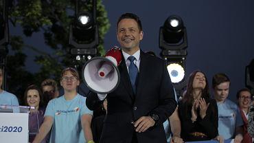 Trzaskowski prezydentem stolicy na pół etatu? Zamieszanie po słowach rzecznika PO