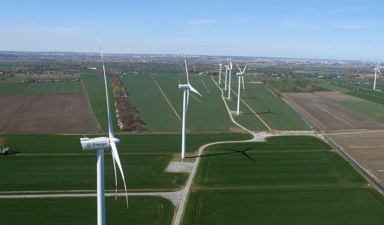 Farma wiatrowa Bystra należąca do Grupy Energa.