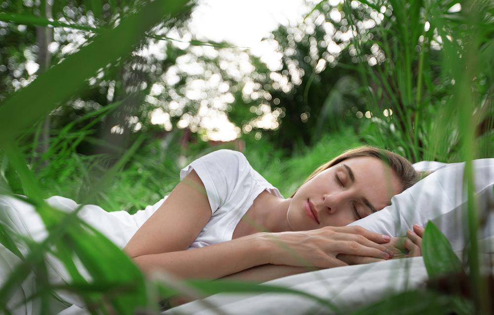 Jak szybko zasnąć? Sposoby na zdrowy sen. Zdjęcie ilustracyjne