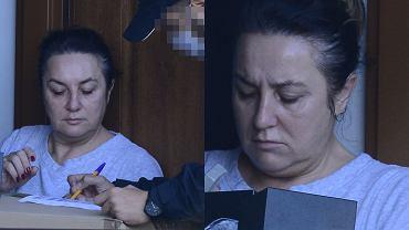 Danuta Martyniuk odbiera przesyłkę. Z kamienną twarzą przyjęła używane rzeczy od byłej synowej [ZDJĘCIA]