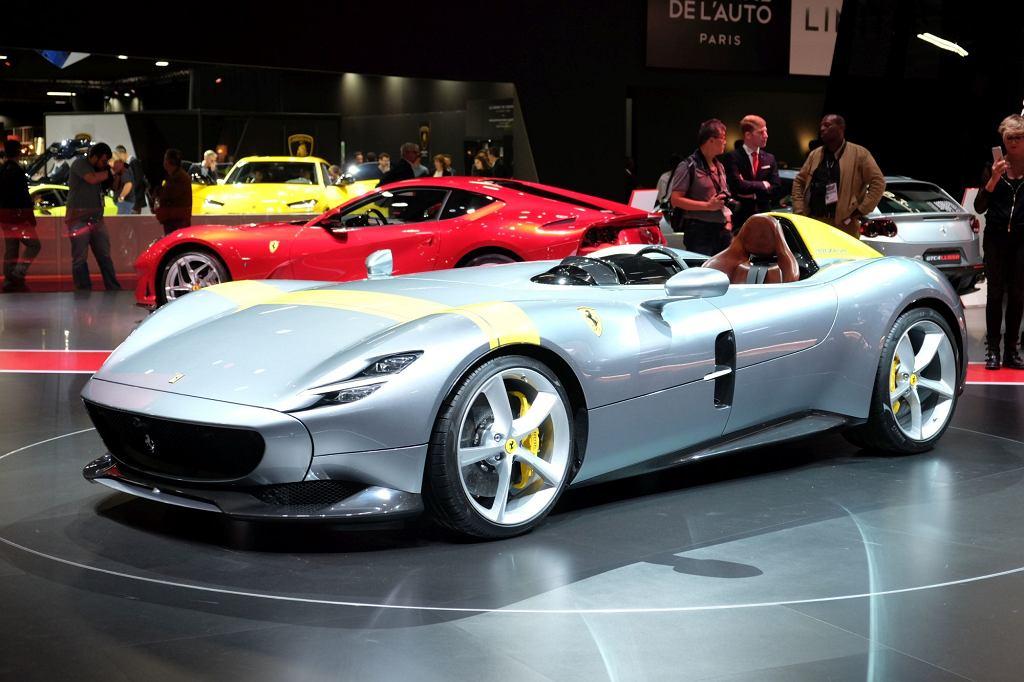 Ferrari Monza SP1 na Salonie Samochodowym w Paryżu