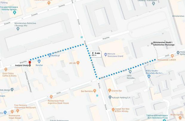 400-metrowy odcinek z ministerstwa nauki do salonu fryzjerskiego, w którym według 'SE' miał ostrzyc się Gowin