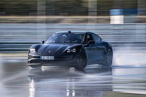 Najdłuższy elektryczny drift. Porsche Taycan pobiło rekord Guinnessa