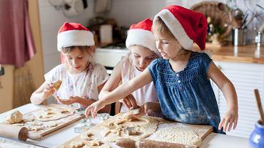 Pierniczki dla dzieci muszą być smaczne i nie tak twarde, jak tradycyjne przysmaki dla dorosłych. Z jakich przepisów najlepiej skorzystać, by wyszły idealne?