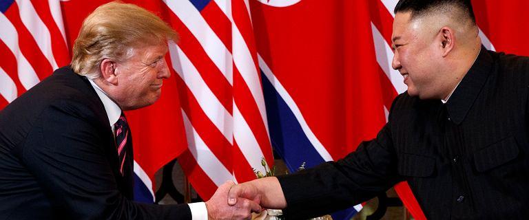 Donald Trump wycofał dodatkowe  sankcje nałożone na Koreę Północną