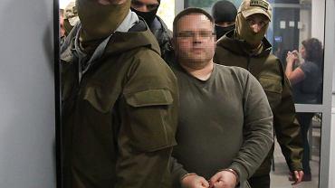 Podejrzany Robert J. doprowadzany do prokuratury w Krakowie w 2017 roku.