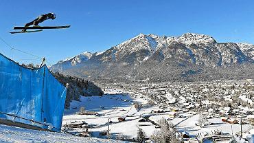Noworoczny skok Kamila Stocha w bawarskim Garmisch-Partenkirchen podczas Turnieju Czterech Skoczni