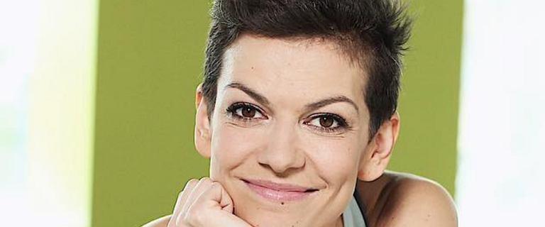 Alżbeta Lenska diametralnie zmieniła fryzurę. Nie jest już brunetką