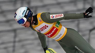 Kamil Stoch  podczas druzynowego konkursu skokow Pucharu Swiata w skokach narciarskich, Zakopane 16.01.202