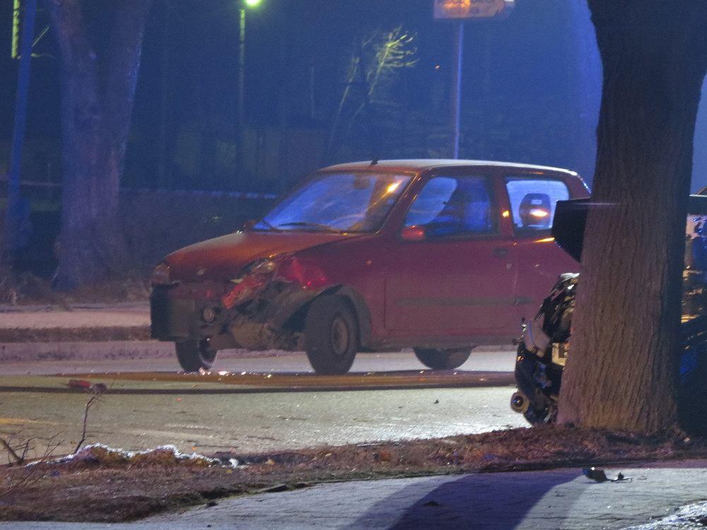 Po wypadku premier Beaty Szydło z 21-letnim kierowcą fiata seicento internauci zebrali na jego nowy samochód ponad 150 tys. zł. Kierowca przeznaczy pieniądze na cele charytatywne.