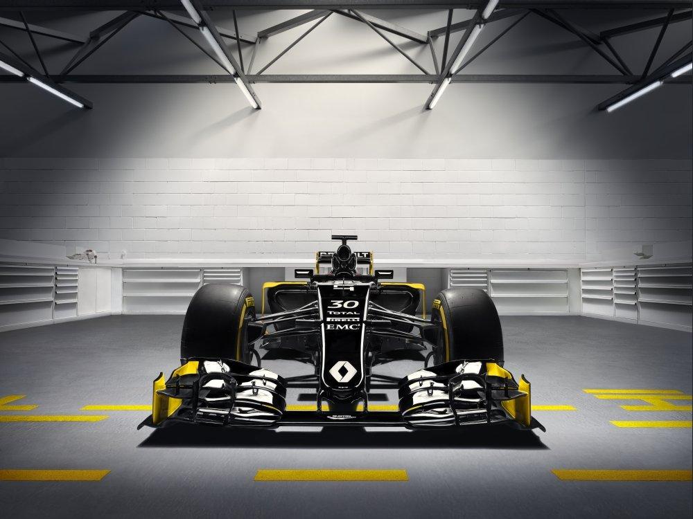 Renault RS16 w pełnej okazałości