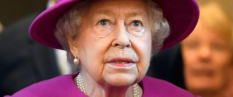 Królowa Elżbieta II jest chora. Odwołała ważne coroczne spotkanie. Zrobiła to w ostatniej chwili. Rzecznik prasowy komentuje jej stan