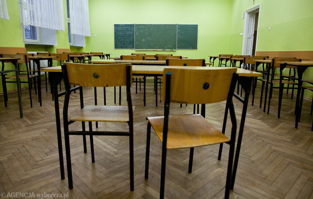 Do kiedy zamknięte szkoły? Dr. Szułdrzyński: Optymizm ministra edukacji narodowej jest dla mnie imponujący