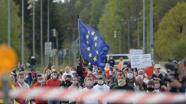 70 proc. Polaków uważa, że że rząd nadużywa swoich uprawnień - wynika z badania PAN