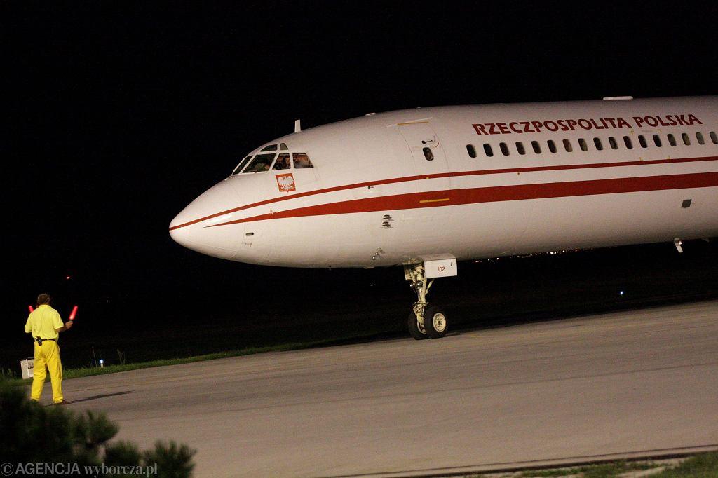 Tu-154M numer 102 po powrocie z lotu do Gruzji w 2008 roku