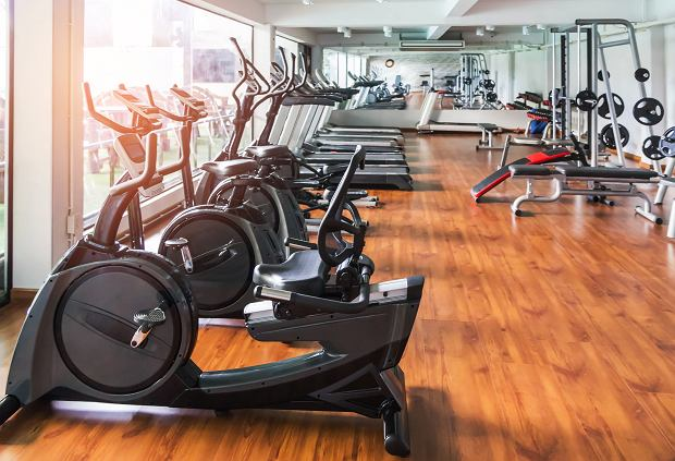 Odwołane wesela, remonty, zajęcia na siłowni. Jak odzyskać pieniądze za niewykonane usługi?