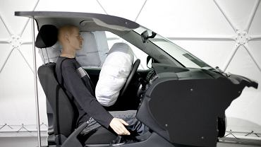 NHTSA wciąż bada sprawę wadliwych poduszek Takaty.
