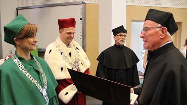 Prof. Zbigniew Galus oraz prof. Adam Hulanicki odebrali tytuły doktora honoris causa Uniwersytetu w Białymstoku