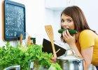 Zachowaj wartości odżywcze! Jak gotować oraz przechowywać owoce i warzywa, by były najzdrowsze?