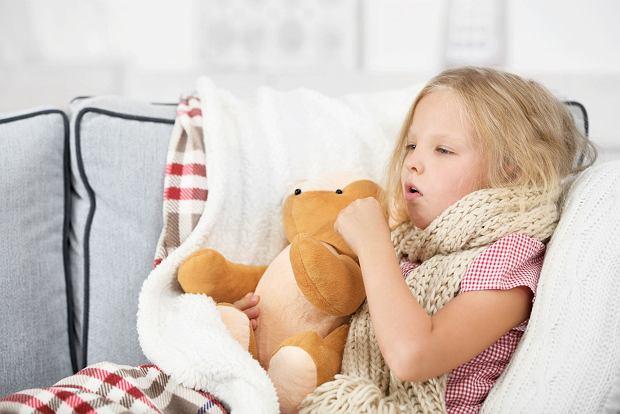 Podgłośniowe zapalenie krtani u dzieci - przyczyny, objawy, leczenie