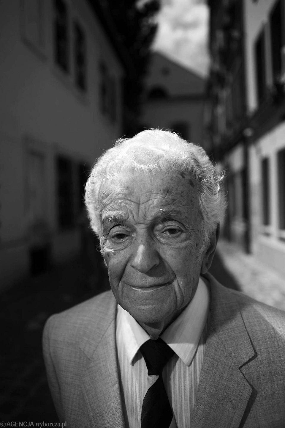 Zdjęcie numer 1 w galerii - Zmarł Alfred Schreyer, uczeń Brunona Schulza, ostatni Żyd Drohobycza. Jeździł do niego cały świat