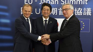 Donald Tusk, Jena-Claude Juncker, Shinzo Abe