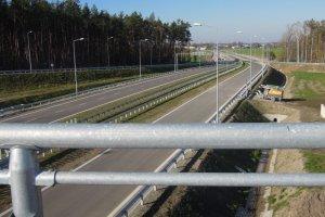 Dziesiątki kilometrów nowych dróg otwarte. Gdzie pojedziemy szybciej?