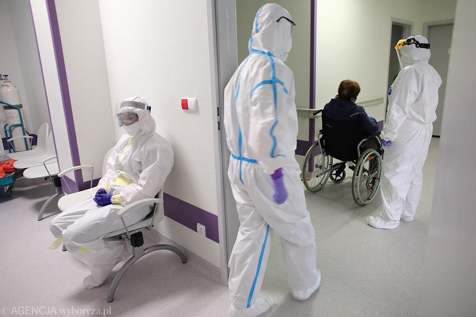 Pandemia koronawirusa. Oddział Zakaźny Szpitala Uniwersyteckiego. Kraków, 7 maja 2020