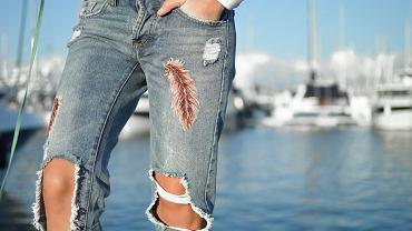 jeansy, zdjęcie ilustracyjne