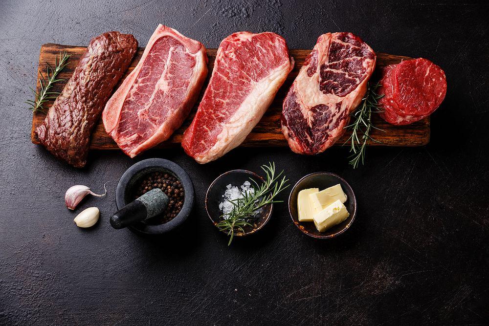 We wszystkich rodzajach mięsa najwięcej jest białka, na drugim miejscu są tłuszcze