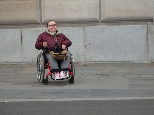 Nie chcę być matką. Moja niepełnosprawność wynika z choroby genetycznej, moje dziecko też mogłoby być chore