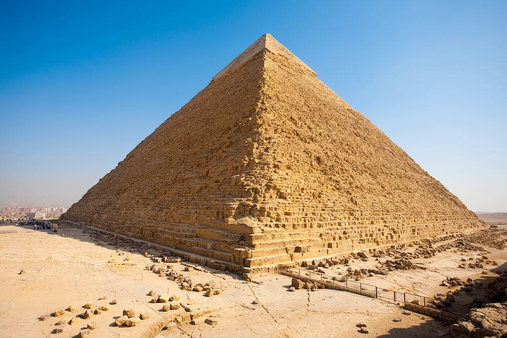Egipt Giza - piramida Chefrena
