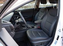 Jak usunąć brzydki zapach z samochodu? Polecamy sprawdzone metody