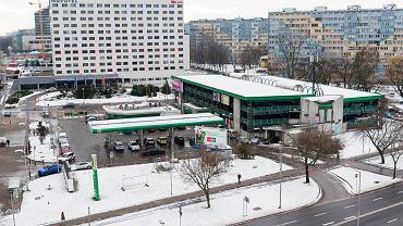 Spółka Echo Investment kupiła od Orbisu teren, na którym teraz stoi stacja benzynowa BP i parking wielopoziomowy