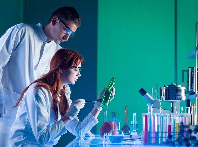 Co skłania młodych naukowców do założenia własnej firmy? Najczęściej brak wsparcia ze strony uczelni.