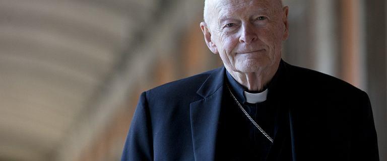 Papież wydalił ze stanu kapłańskiego byłego kardynała za pedofilię