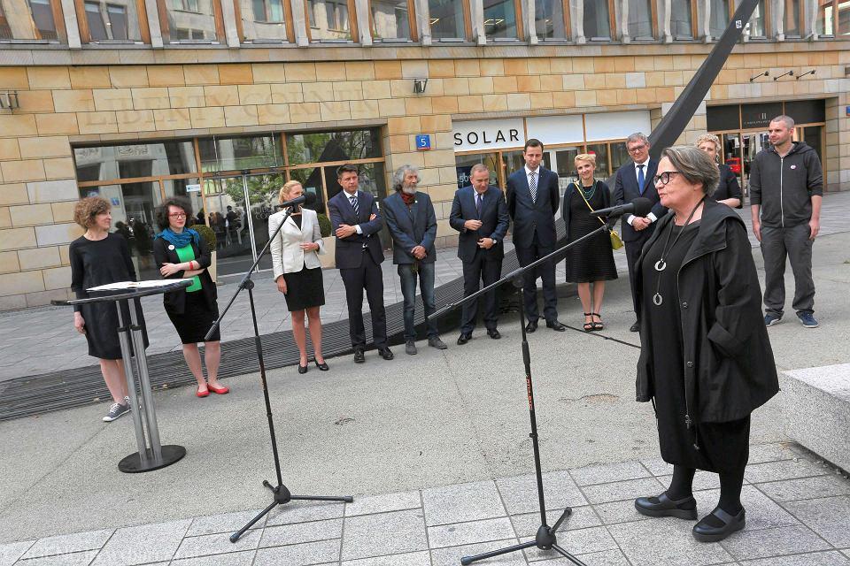 Agnieszka Holland podczas podpisania obywatelskiego Paktu na rzecz Mediów Publicznych.